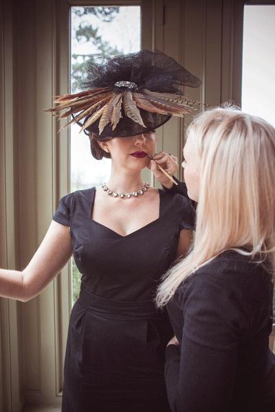 fashion-shoot-applying-makeup-langar-hall